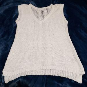 🦋 3/$30 Lightweight Open Knit Sleeveless Top